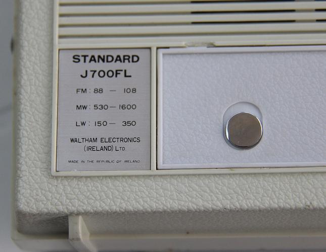 J-700FLh