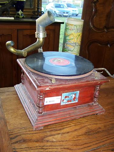 gramophone_1%20-%20Copie