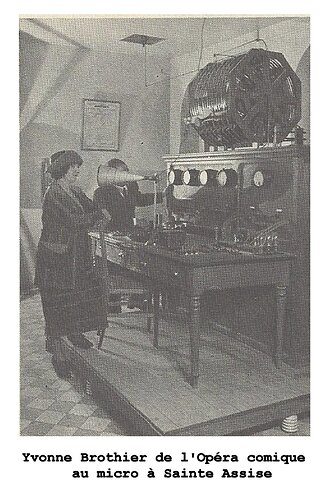 figure 1 - Yvonne Brothier à Ste Assise