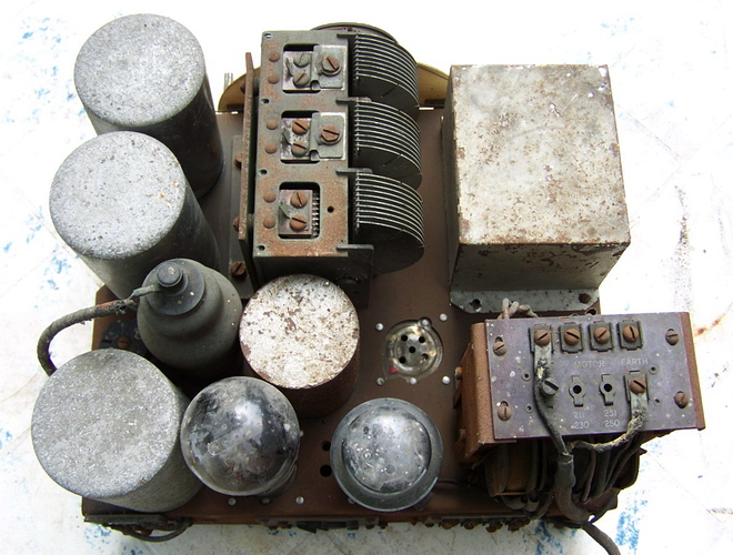 marconi_253_chassis_dessus_3