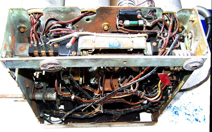 marconi_253_chassis_c%C3%A2blage