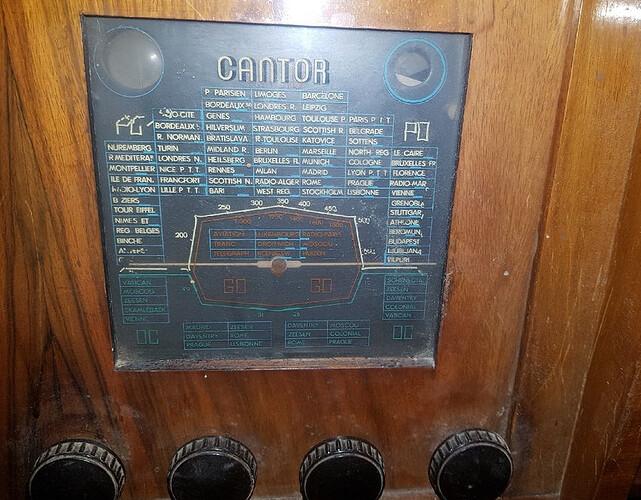 Screenshot_2020-11-25 Meuble radio tourne disque vintage(1)