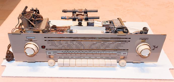 SchaubLorenz-35