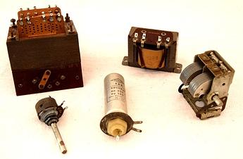 Les 5 composants récupérés